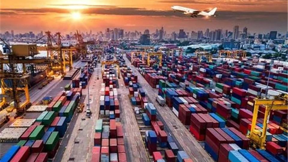疫情持续,多国港口出现严重拥堵!@顶墙企业注意外贸出口!