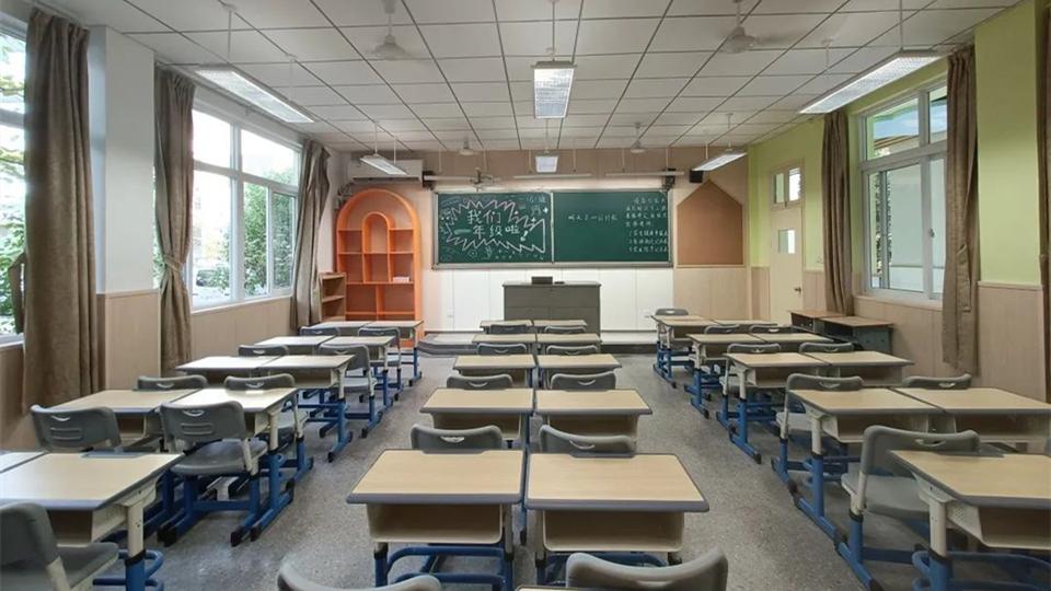 品牌丨华夏杰环保整装15天改造新教室,助力9月开学季